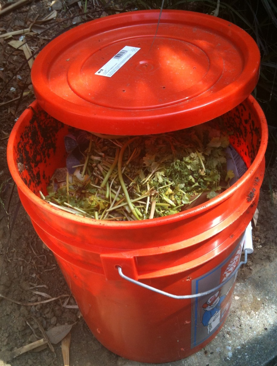 How to make your own composter for cheap - Gallon bucket garden container ...