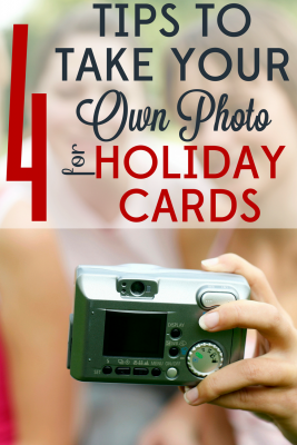 You don't need a pro to take your photo for holiday cards! With these 4 tips you'll have no trouble getting the perfect shot!