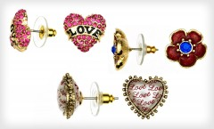 How cute are these Betsey Johnson earnings?