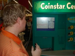 Get a FREE Redbox rental when you use Coinstar! justj0000lie / Flickr