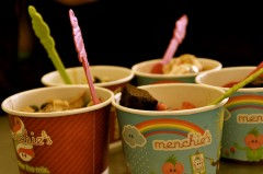 FREE Menchie's frozen yogurt today! heysantos / Flickr