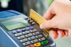 "Watch out for credit card ""check out"" fees! Via Shutterstock"