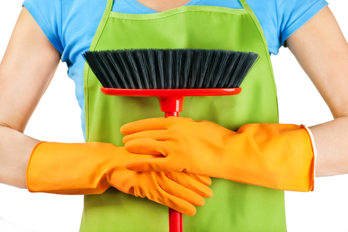 10 Ways That Spring Cleaning Can Save You Money