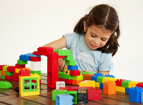 Tuesday Freebies – Free Lego Store Event