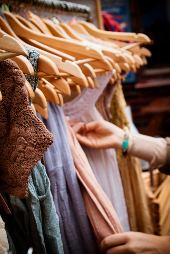 Best Thrift Store Shopping Blogs