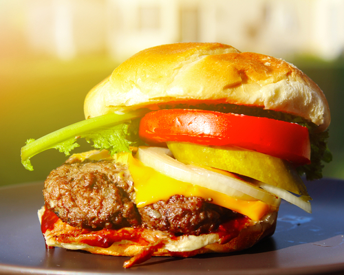 Wednesday Freebies – Free Ruby Tuesday Cheeseburger