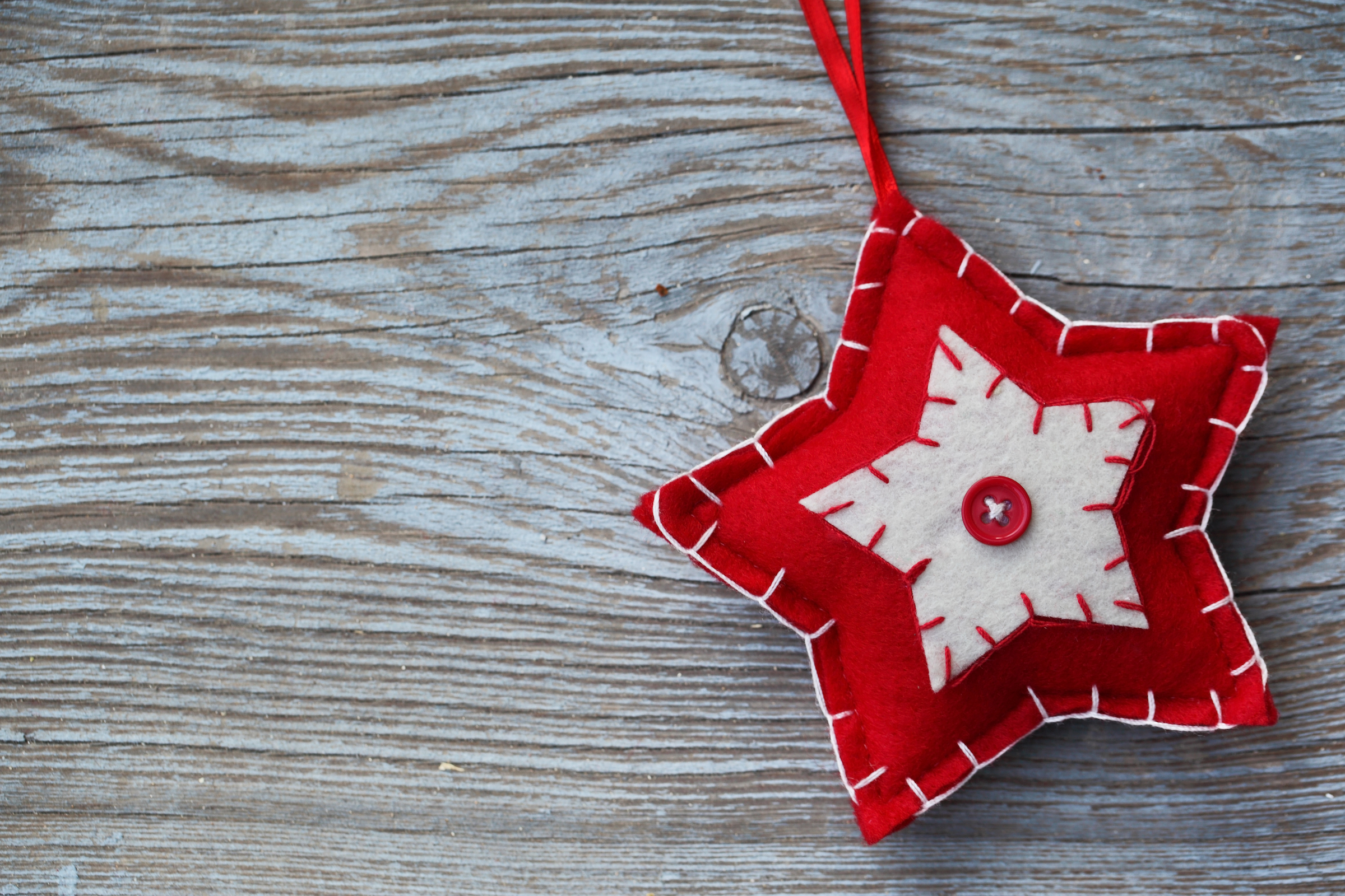 5 Easy Handmade Ornaments for Your Christmas Tree
