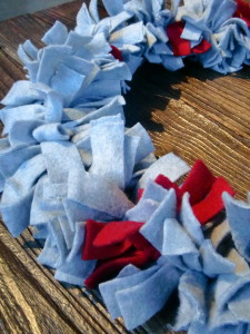 rag-wreath-strips