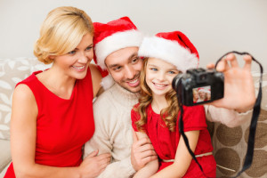 Learn how to save on holiday photo cards today! Via Shutterstock.