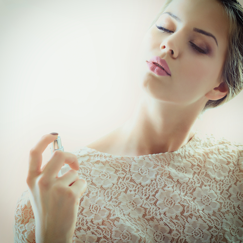 Thursday Freebies – Free ESCADA Perfume Sample