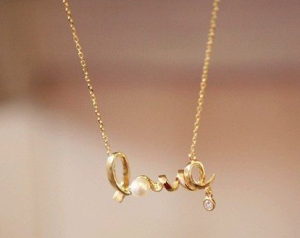 Score a FREE necklace from Shotcot today!