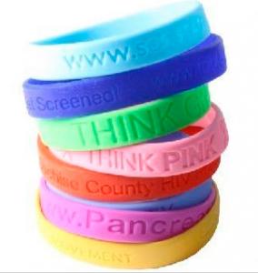 Score a FREE bracelette today!