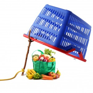 Avoid getting trapped into overspending at the grocery - via Shutterstock