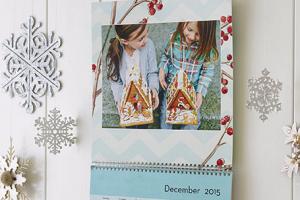 Score a FREE photo calendar from Shutterfly today! Via Shutterstock.