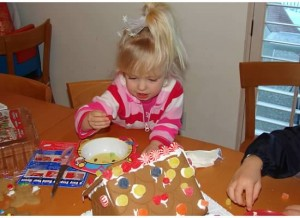 Tessa makes a gingerbread house