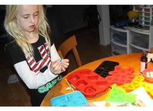 Tessa makes melted crayon ornaments