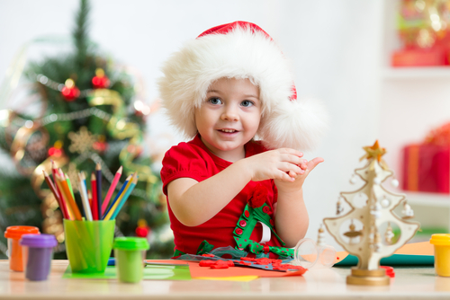 7 Christmas Games For Families That Are Easy and Fun