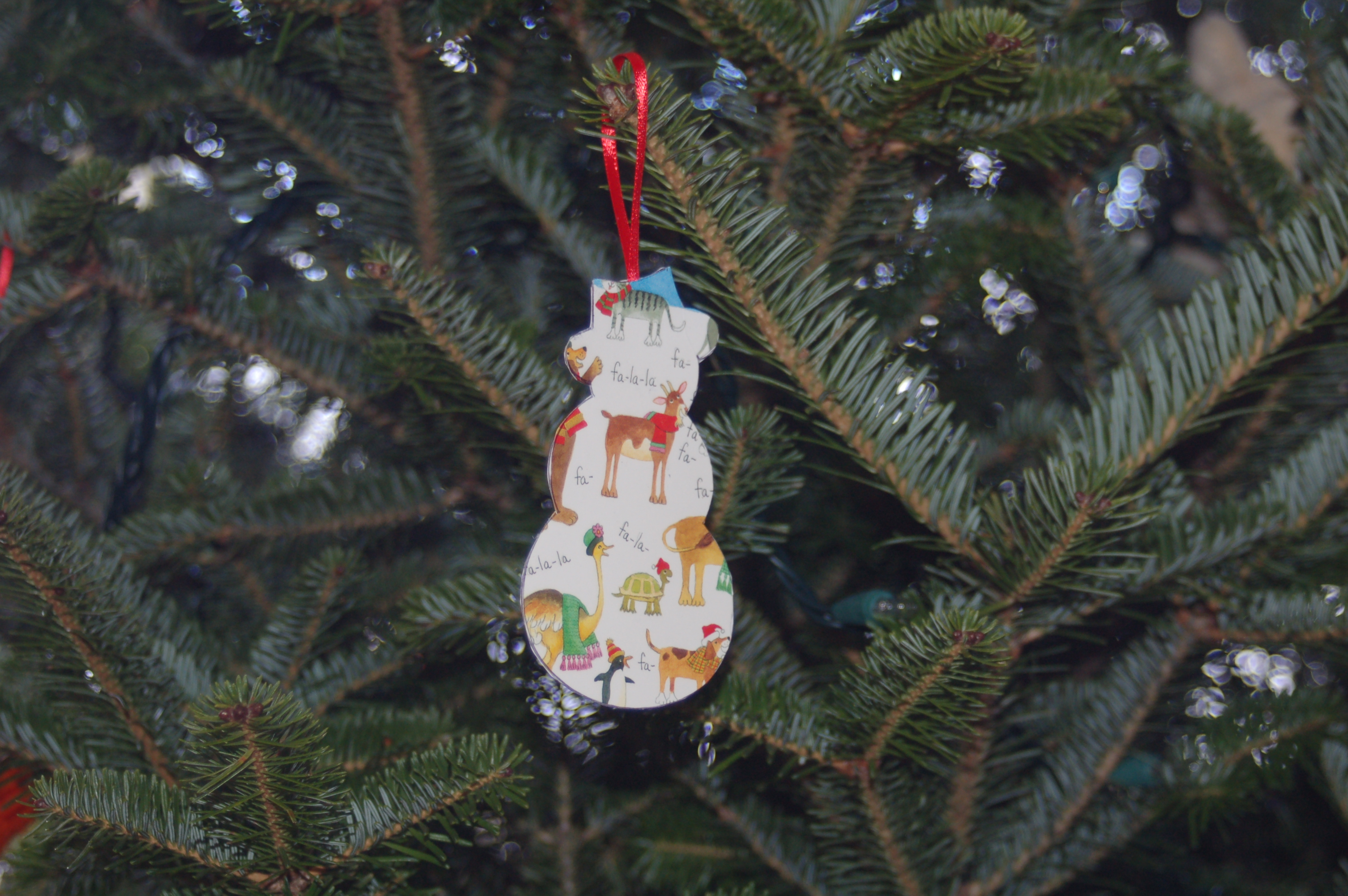 How to Upcycle Christmas Cards Into Christmas Ornaments