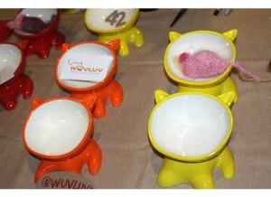 Wuvluv cat bowls