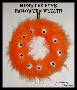 Monster eyes Halloween wreath from Creatively