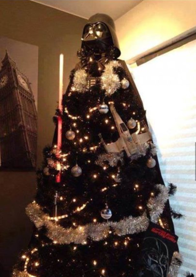 10 unusual christmas tree decorating ideas star wars christmas tree - Unique Christmas Tree Decorations