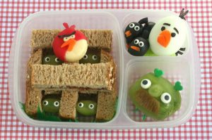 6-angry-birds-bento-box-lunch