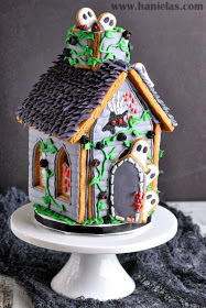 Gingerbread houses aren't just for Christmas anymore! Try Halloween haunted gingerbread houses for a fun twist on the traditional.