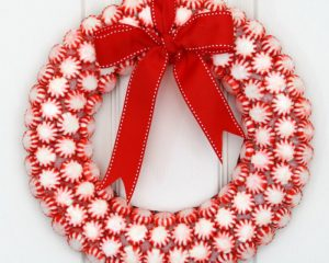6 Easy and Amazing (and Cheap!) DIY Christmas Wreaths
