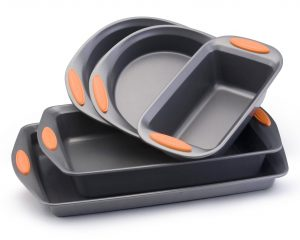 Rachael Ray Oven Lovin' 5 piece Bakeware Set $24.39