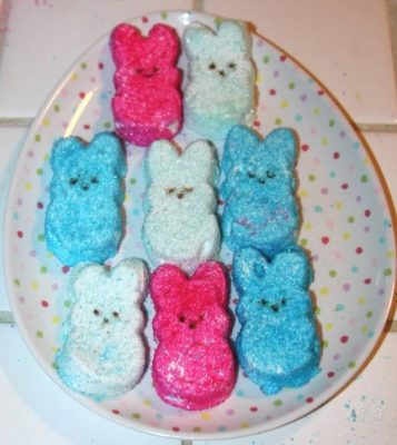 Store bought Peeps are full of nasty chemicals and colorings! Why not make your own? Here's how to make delicious homemade marshmallow Peeps!