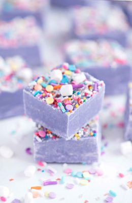 Unicorn+Fudge+-+Sprinkles+for+Breakfast