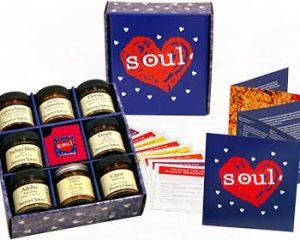 Saturday Freebies – Free Penzeys American Heart and Soul Box