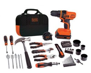 BLACK+DECKER 20-VOLT MAX LITHIUM-ION DRILL AND PROJECT KIT $56.50