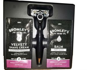 Thursday Freebies-Free Bromley's Smooth Operator 7-Blade Razor
